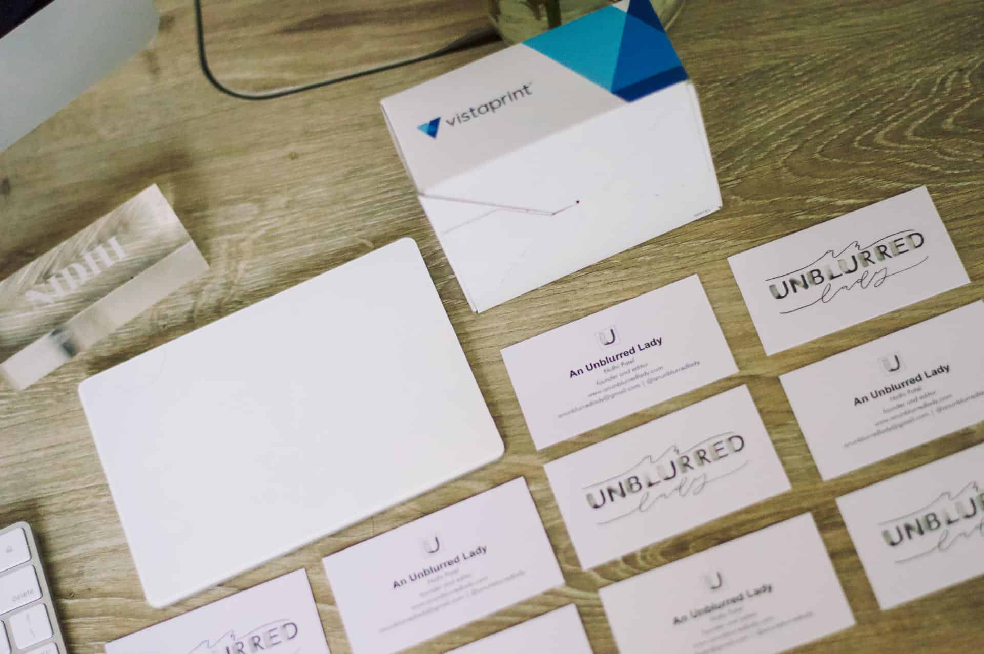 How to Create the Perfect Vistaprint Business Cards - An Unblurred Lady
