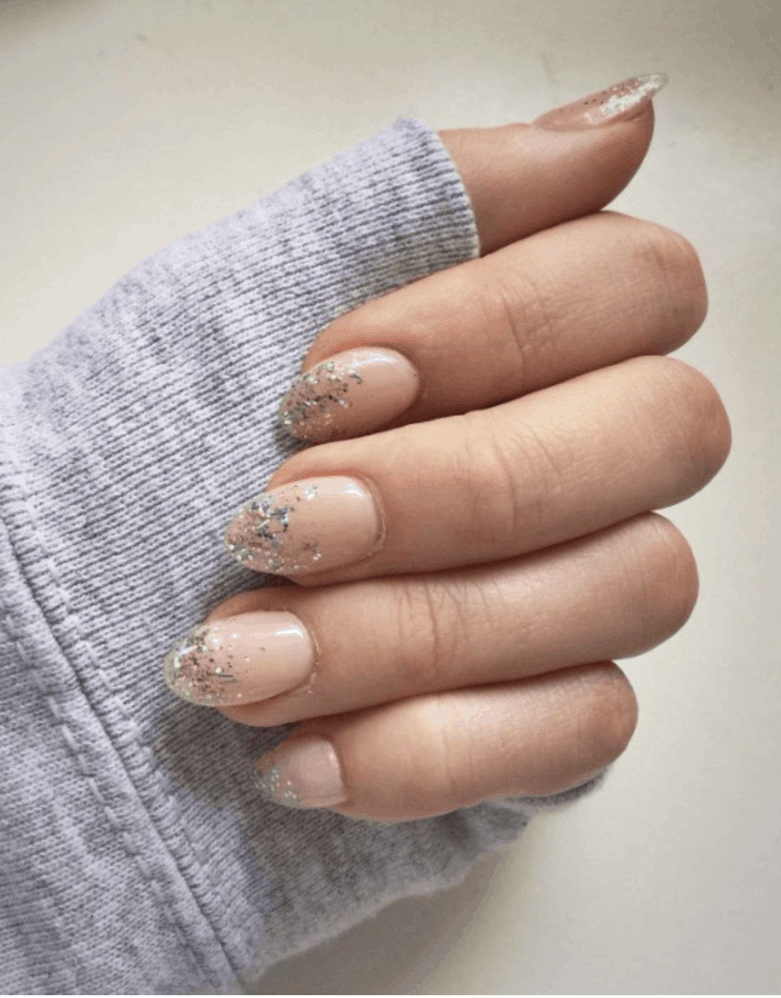 10 Popular Glitter Fall Nail Colors for 2019