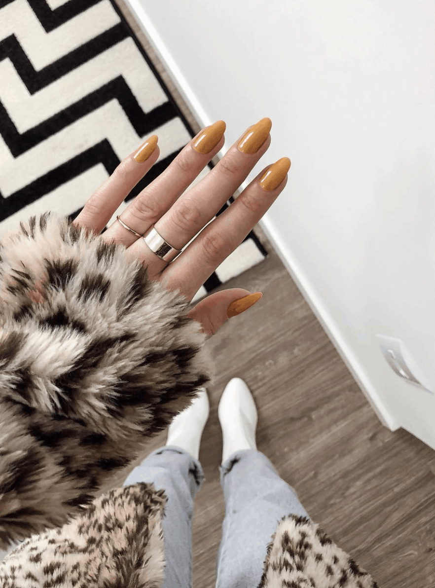 10 Popular Yellow Fall Nail Colors for 2019