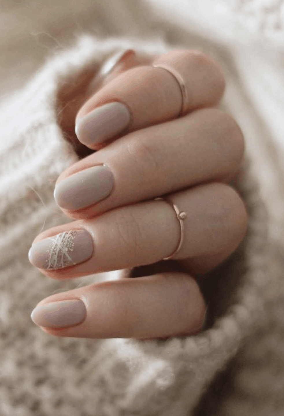 10 Popular Winter Nail Colors for 2019