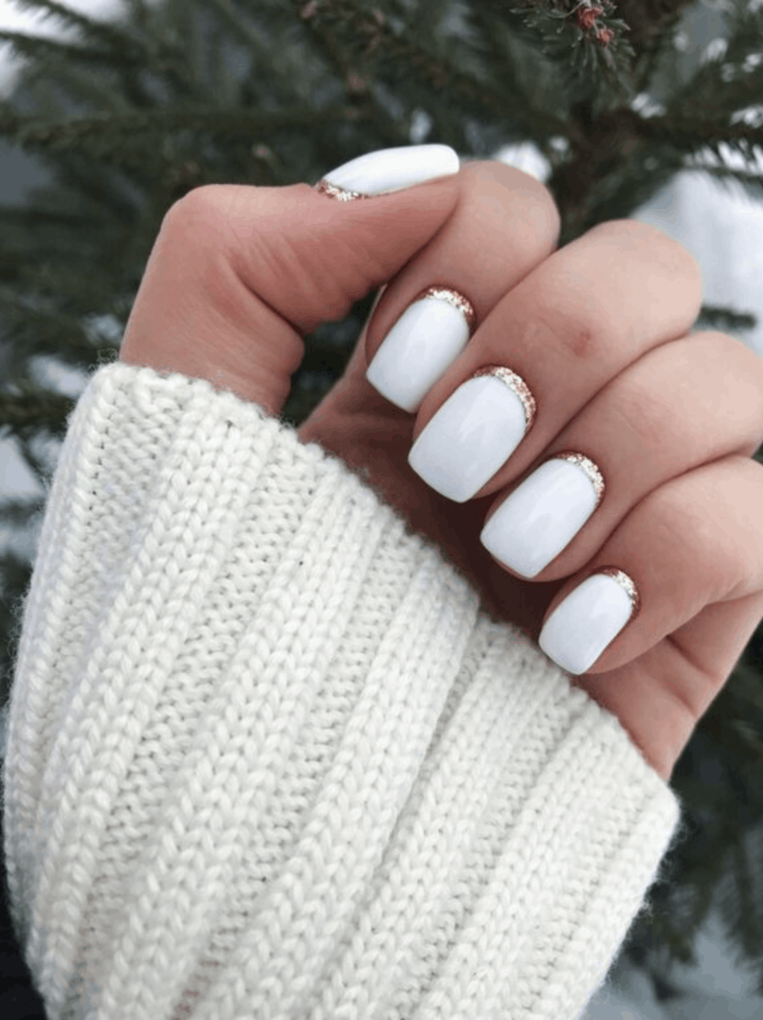 White Holiday Nail Ideas for 2019
