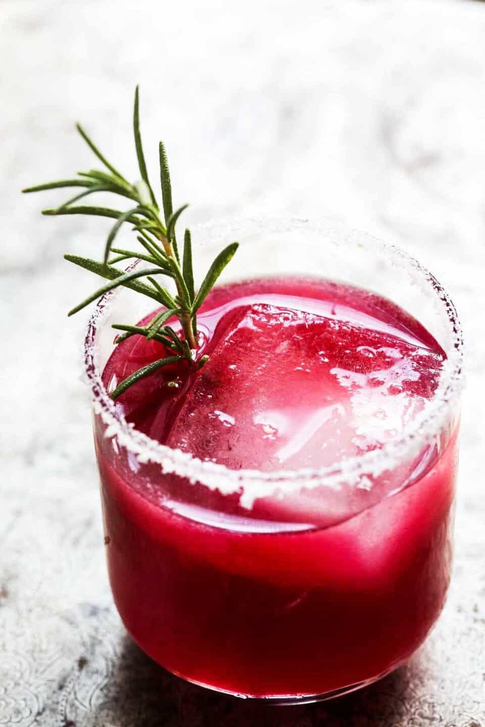 20 Holiday Cocktail Recipes for Your Next Party