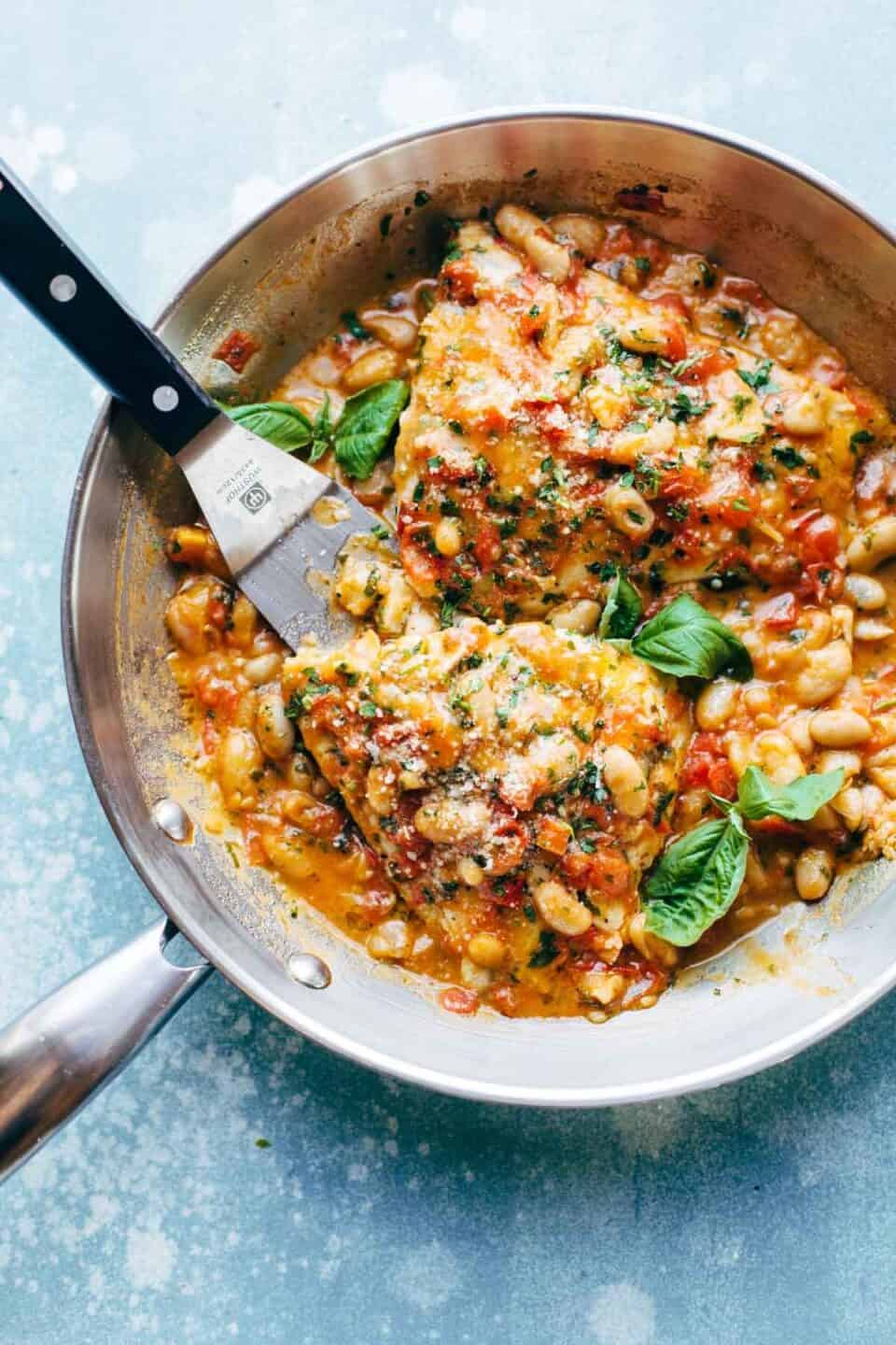 27 Quick and Easy Cast Iron Skillet Recipes for Dinner