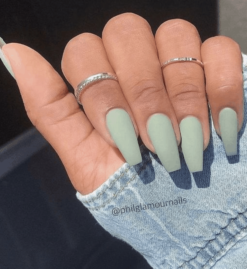 Spring Nail Colors for 2020 // Light green