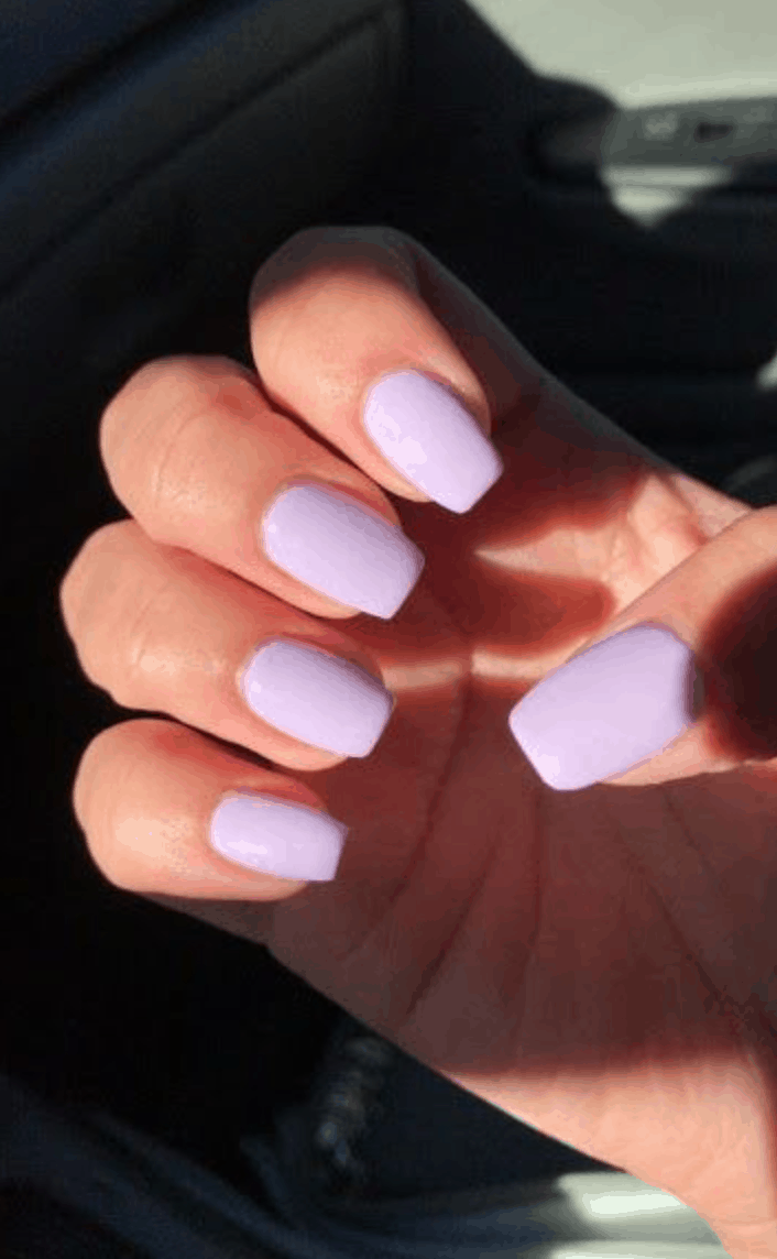 Spring Nail Colors for 2020 // lavender purple