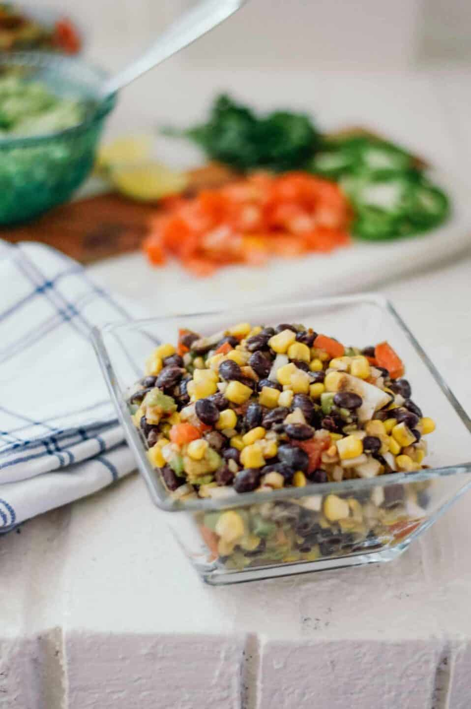 23 Creative Ways to Use Canned Black Beans // black bean recipes